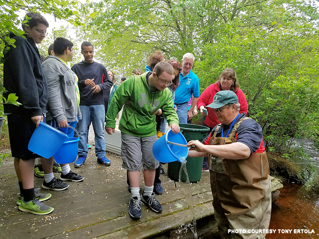 640x_east south manor hs trout release 5-23-2017_esm517a_resized.png
