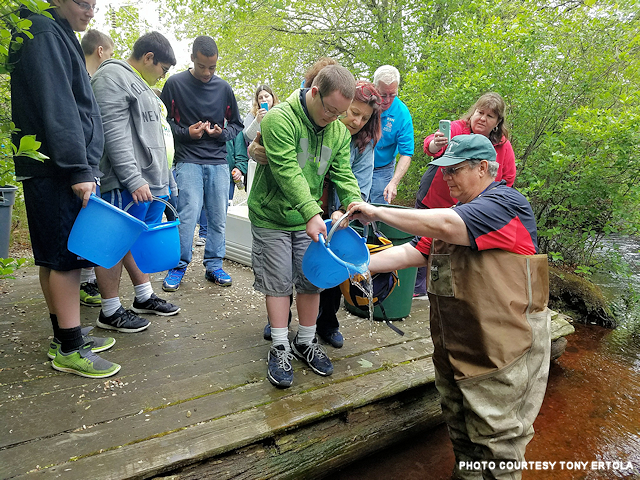 640x_east south manor hs trout release 5-23-2017_esmtr517b_resized.png